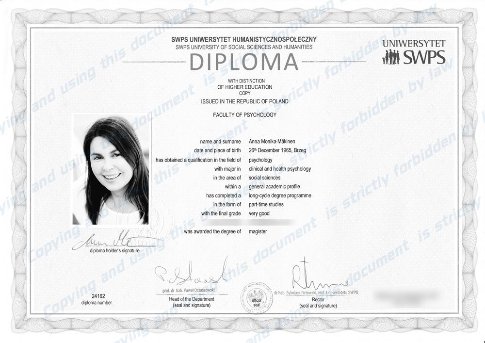 Diploma_Anna small watermar